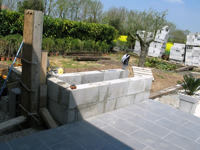 Construire son barbecue archives du blog se le faire for Construire son barbecue en beton cellulaire