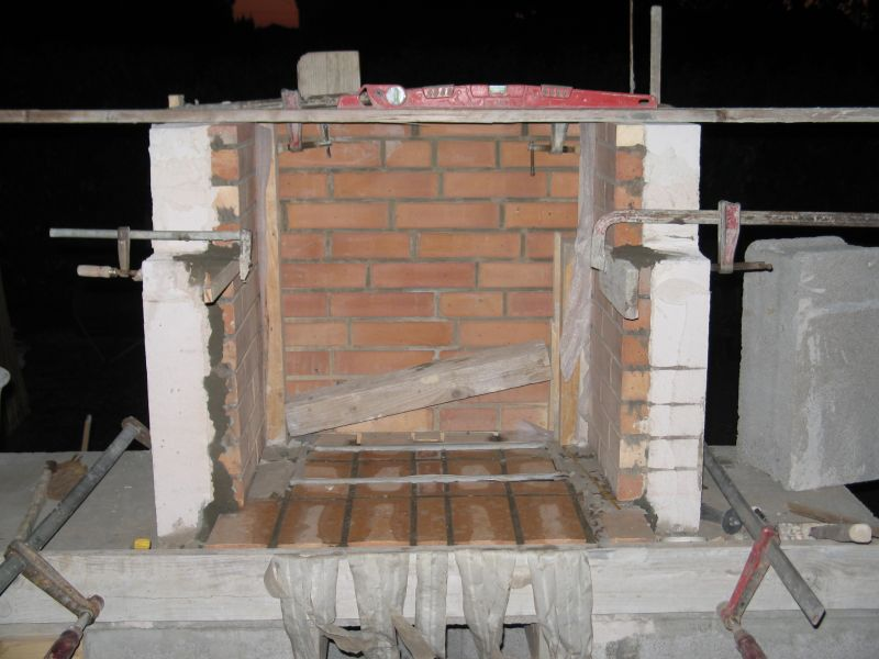 Construire son barbecue archives du blog le foyer - Construire son barbecue en beton cellulaire ...